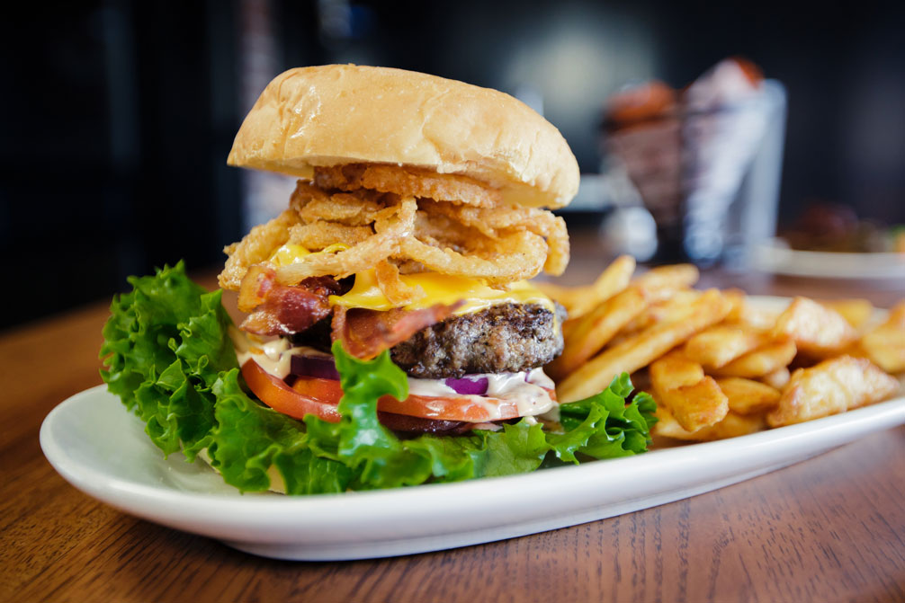 Cah Pub Burger Carolina Ale House